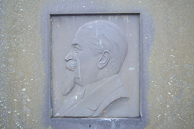 Sten nr 158 – John Schmidt