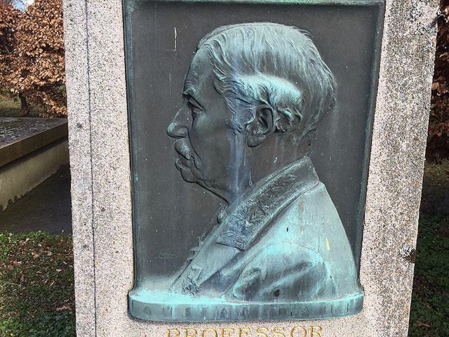 Sten nr 240 – Frans Gustaf Abraham Dahl