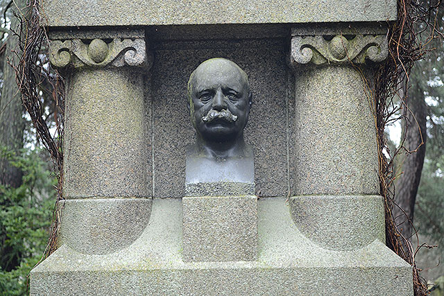 Sten nr 297 – Herman Lindqvist