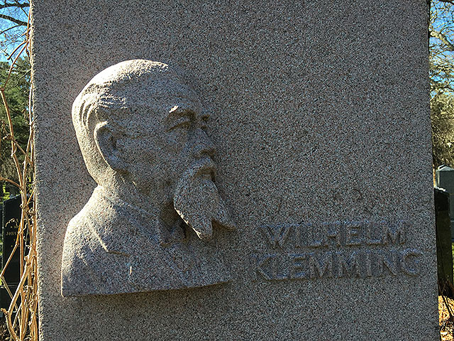 Sten nr 330 – Wilhelm Klemming