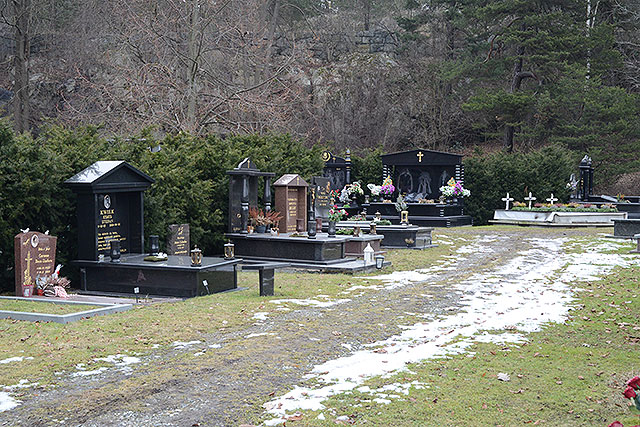 De nya gravarna
